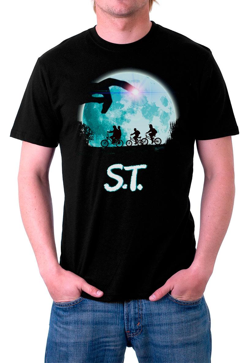 Camiseta Stranger Things luna