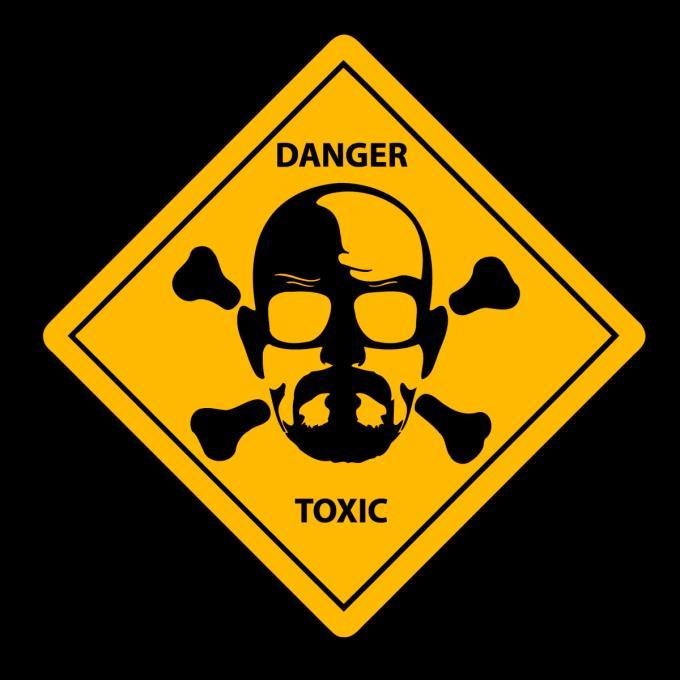 Camiseta chica Breaking Bad. Heisenberg Danger Toxic