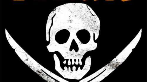 Camiseta chica Los Goonies. Calavera pirata