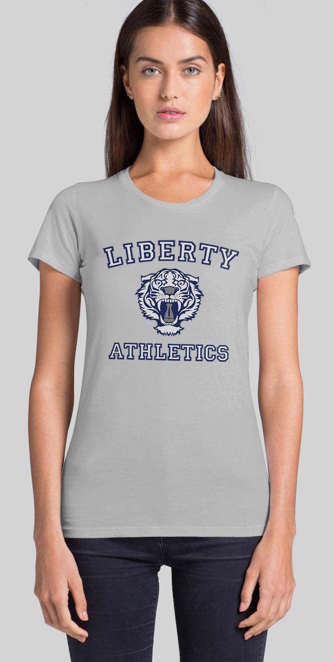 Camiseta chica Por trece razones. Liberty Athletics. Netflix series