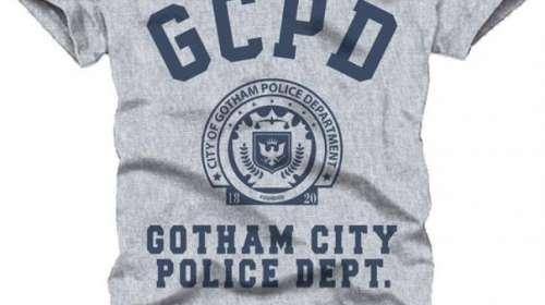 Camiseta siglas GCPD. Batman. DC Cómics