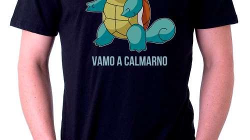 Camiseta tortuga Squirtle. Pokémon. Vamo a Calmarno