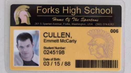 Carnet de Estudiante Crepúsculo. Forks High School