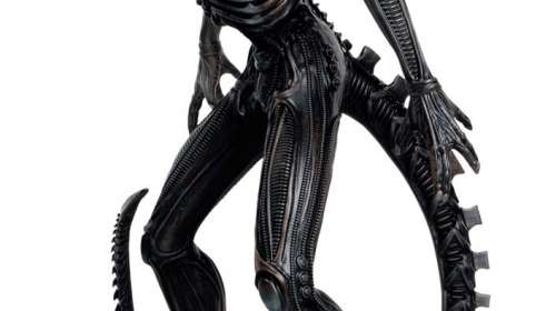 Estatua Xenomorph 32 cm. Alien vs. Predator. Eaglemoss Publications