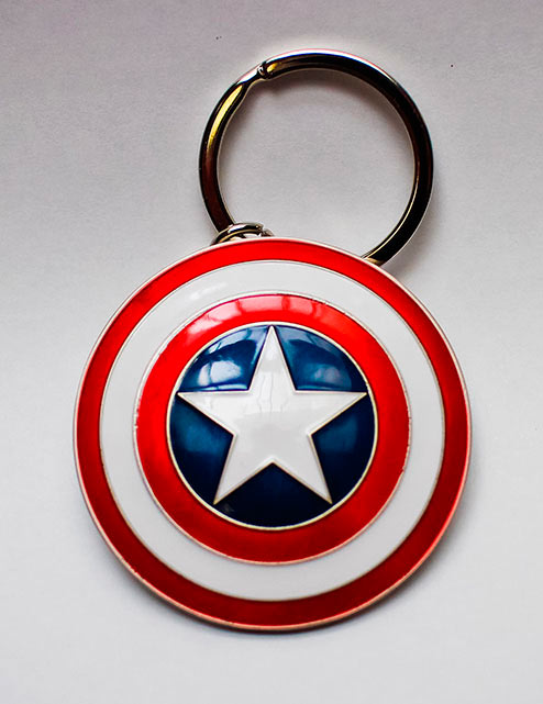 Llavero metálico escudo Capitán América 5 cm. Los Vengadores: la era de Ultrón