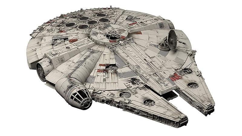 Maqueta Millennium Falcon 48 cm. Falcon Grade. Star Wars Episode IV. Con luz. Escala 1:72. Bandai