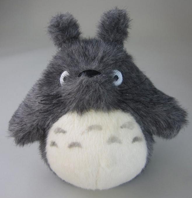 Peluche Totoro gris 25 cm. Mi vecino Totoro. Studio Ghibli