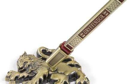 Soporte más bolígrafo Gryffindor. Harry Potter