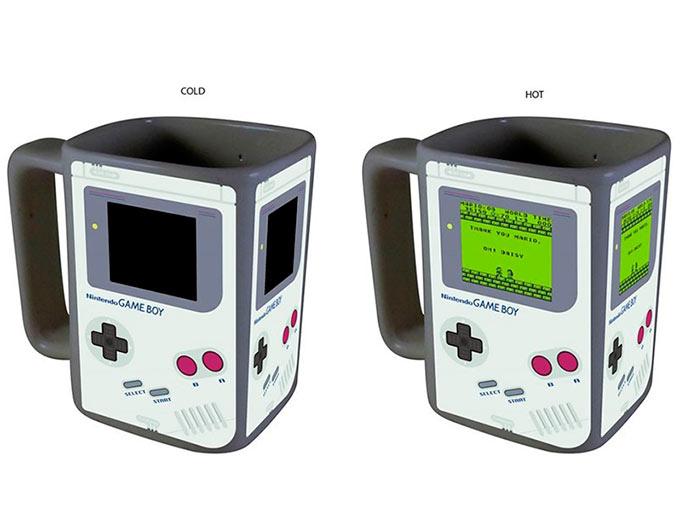 Taza térmica Game Boy. Nintendo